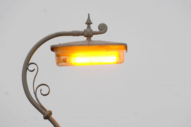 Another delay for part-time lighting in Brentwood