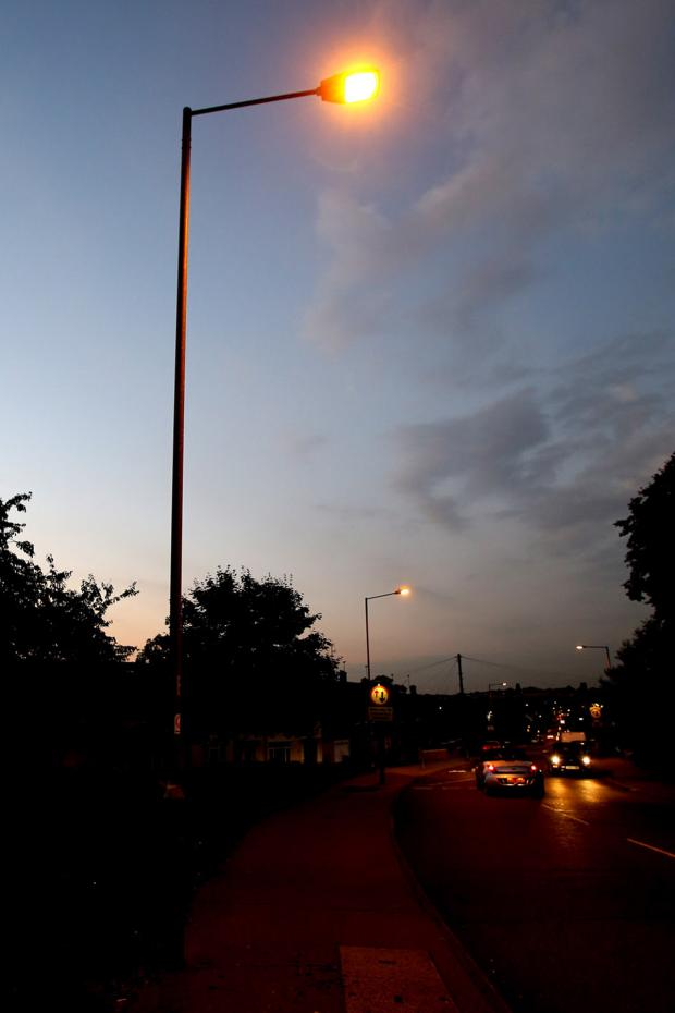 Brentwood Weekly News: Part-time streetlight scheme delayed in Brentwood