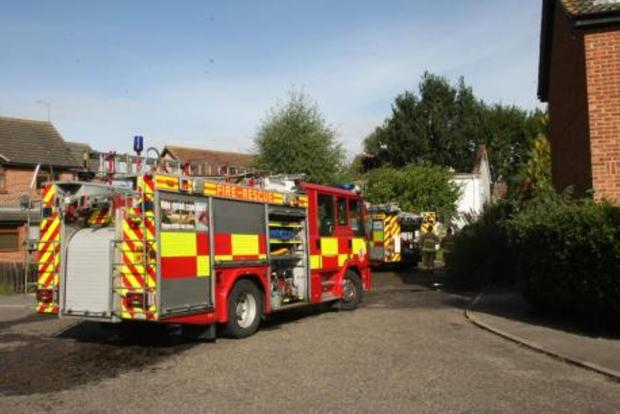 Brentwood Weekly News: Fire fighters were called to a fire in a second floor flat on Hawksmoor Green at about 12.30am this morning.