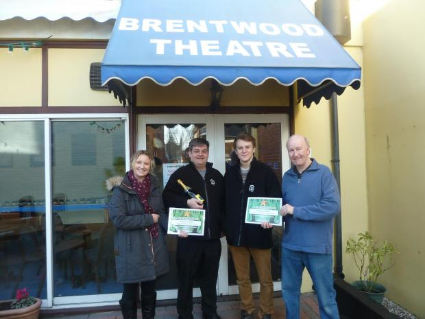 Mothers give thumbs up to Brentwood Theatre