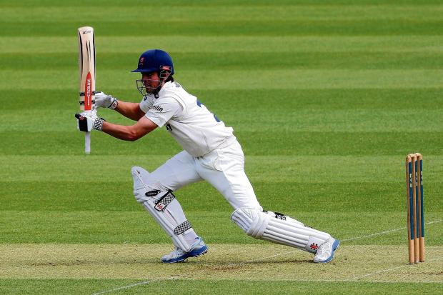 Brentwood Weekly News: Alastair Cook   PIC GAVIN ELLIS/TGS PHOTOS