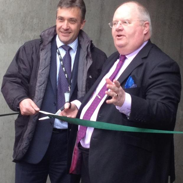 Brentwood Weekly News: Eric Pickles (right) cutting the ribbon with Richard Schofield from Network Rail