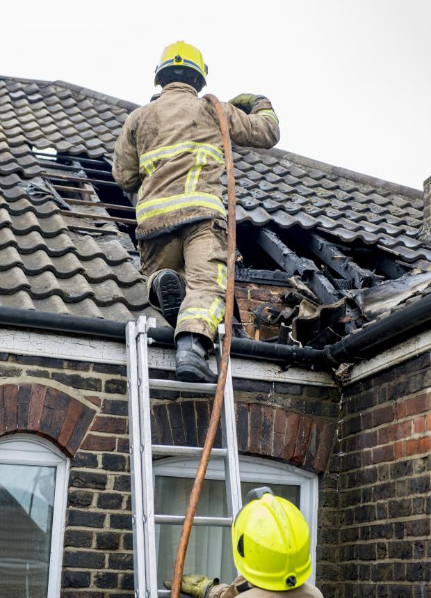 Brentwood Weekly News: Brentwood flat fire