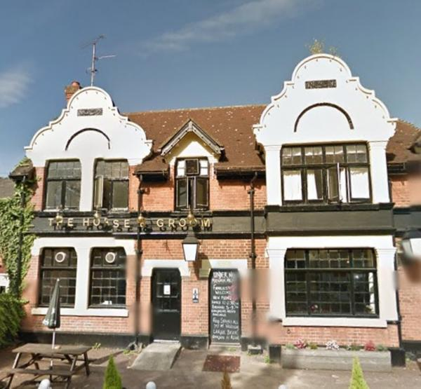 Brentwood Weekly News: Horse and Groom before work commenced on the revamp.