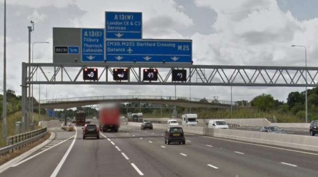 Brentwood Weekly News: M25 signs